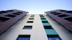Mieszkania z wielkiej płyty – tanie, ale czy zdrowe