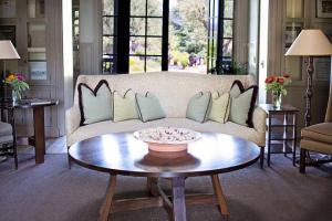 Kominek w domu – ciepło i przyjemny klimat